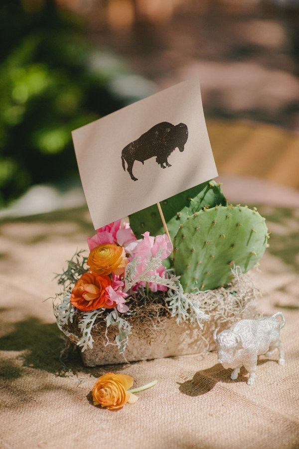 Centerpieces inspired by animals with a little cactus thrown in for some good ol' Texas flavor  Photography by qavenuephoto.com, Event Planning by fittobetiedevents.com love this center piece