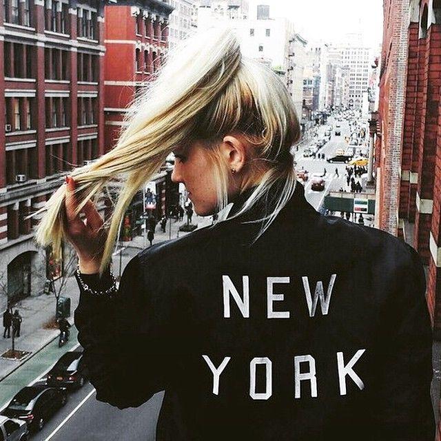 . #cantwait #newyork #nyc #NYFW #fashion #excited @makeupbymarianoel @trendprivemagazine