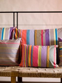1000 images about linge de maison projet couleurs on pinterest satin cocktails and bags. Black Bedroom Furniture Sets. Home Design Ideas