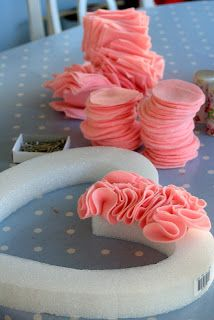 Party Wishes: Ruffled Heart  (need about 1 yard per heart)