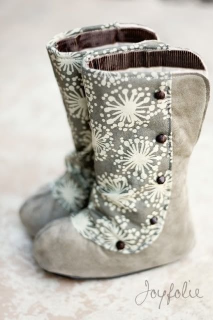 DIY Baby boots! by charlene...would be so Curr on Charlotte!