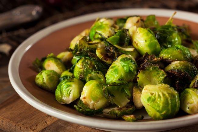 Вы можете не любить брюссельскую капусту, но эти 13 рецептов сведут вас с ума