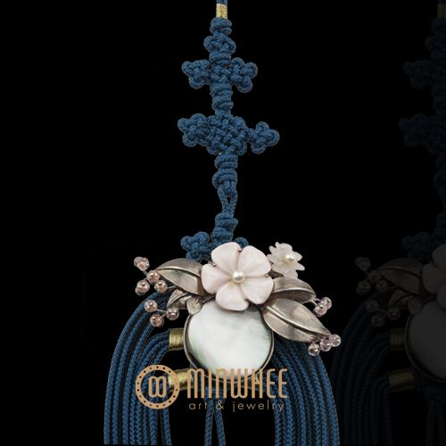 장옥정, 자개꽃 청색 노리개 - 고품격 수공예 주얼리 민휘아트주얼리 MINWHEE ART JEWELRY
