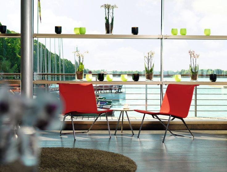 VELAS lounge range | Design: Eric Degenhardt | Casual excellence. Inviting minimalism. Innovative comfort. | By Wilkhahn | #velas