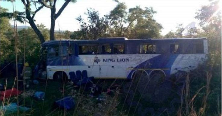 43 people killed in accident on Zimbabwe-Zambia highway - http://zimbabwe-consolidated-news.com/2017/06/08/43-people-killed-in-accident-on-zimbabwe-zambia-highway/