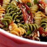 Μακαρονοσαλάτα πολύχρωμη | about-woman http://about-woman.gr/pasta-salad/