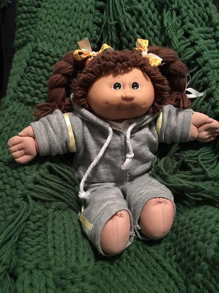 vintage cabbage patch kid 1980s / she would love a new playmate and maybe a pretty new dress! by fancydollhouse on Etsy https://www.etsy.com/listing/508539234/vintage-cabbage-patch-kid-1980s-she