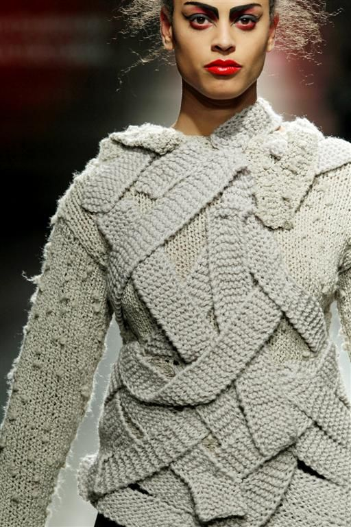 Dud-zin-ska - Fashionclash, Netherlands...interesting strapping detail