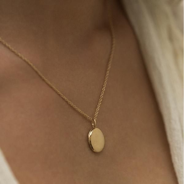 Fashion Necklace Diy Garnet Ring Light Weight Gold Necklace Scapular Necklace In 2020 Fashion Necklace Jewelry Minimal Jewelry