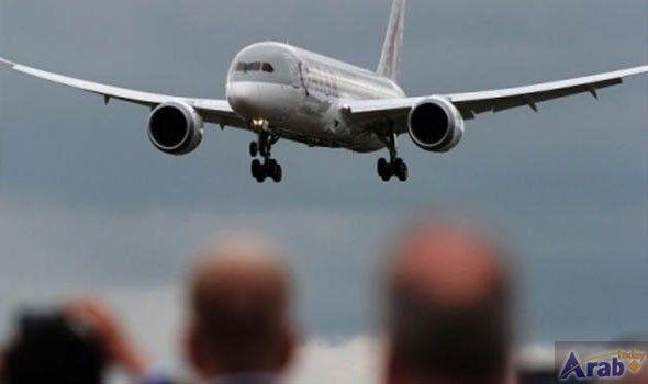Dubai Aerospace to buy aircraft lessor AWAS