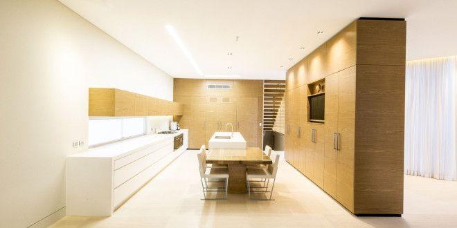 Minimalist Home Design by Zouk Architects