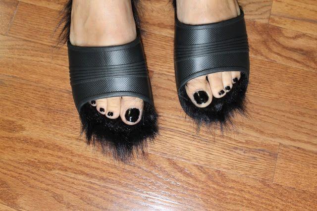 Celine Inspired Fur Lined Sandals DIY under $10 | Soccer Mom Style