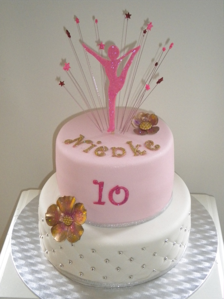Cake Decorating Ideas Gymnastics : 25+ best ideas about Gymnastics Cakes on Pinterest ...