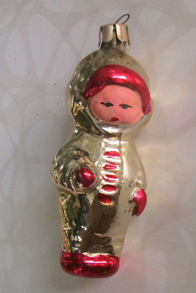 VINTAGE CHRISTMAS GLASS ORNAMENT - RUSSIAN ASTRONAUT