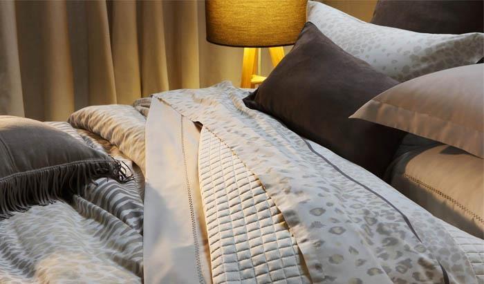 Primavera Verão mmartan 2012: Linha Safari. Coleção de roupa de cama estilo animal print, inspirada na mistura de peles de animais como zebra, guepardo e onça para um quarto cheio de sofisticação.