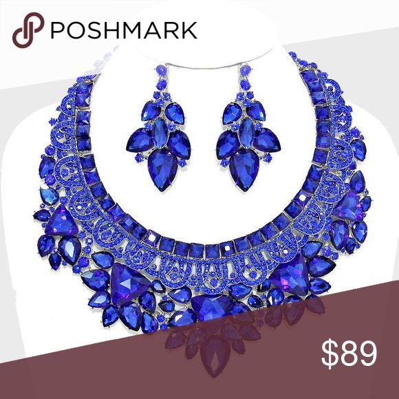 Electric Blue Statement Necklace Set So mesmerizing  Jewelry Necklaces