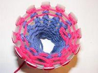 DIY Spezial Strickliesl / Plastic Bottle Knitting Loom