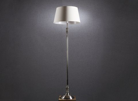 Clinton Floor Lamp - Complete Pad ®