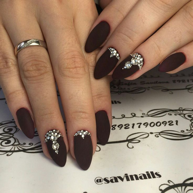 25+ Best Ideas About Rhinestone Nails On Pinterest
