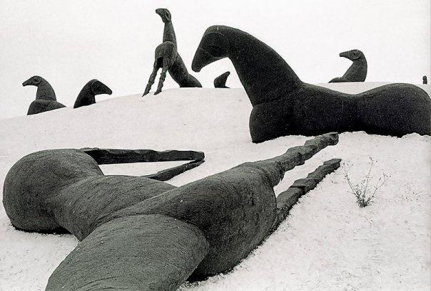 La Montagna di sale, Mimmo Paladino