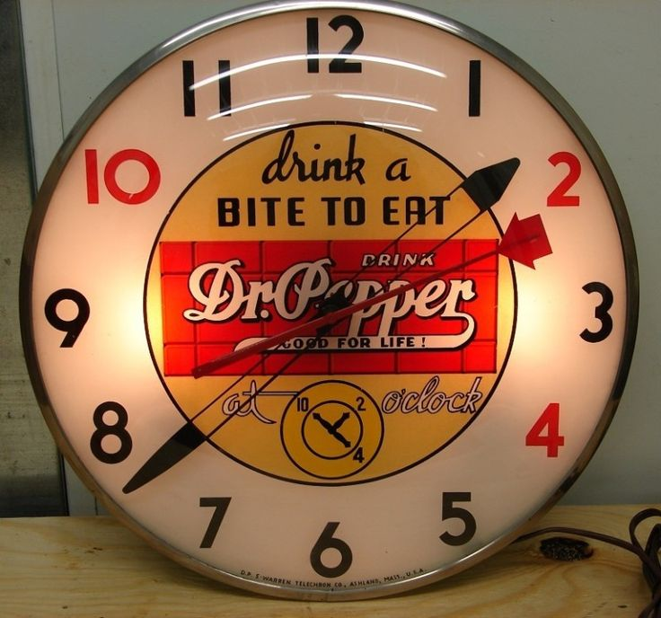 in my 50s diner kitchen there will be vintage Dr Pepper stuff, instead of Coca Cola. Because, I'm from Tx. :)