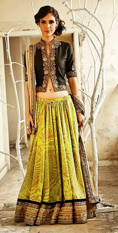Lovely Green & Black #lehenga #choli #indian #shaadi #bridal #fashion #style #desi #designer #blouse #wedding #gorgeous #beautiful