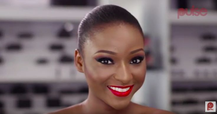 Pulse X Zaron Cosmetics' Beauty Tip Of The Day shares the perfect way to nail an intense smokey eye look...