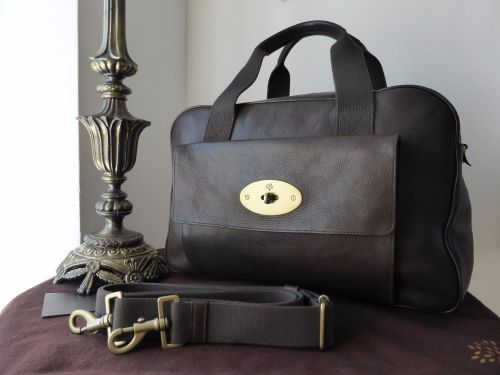 Mulberry Antony Travel Holdall in Chocolate Natural Leather > https://www.npnbags.co.uk/naughtipidginsnestshop/prod_6047998-Mulberry-Antony-Travel-Holdall-in-Chocolate-Natural-Leather.html
