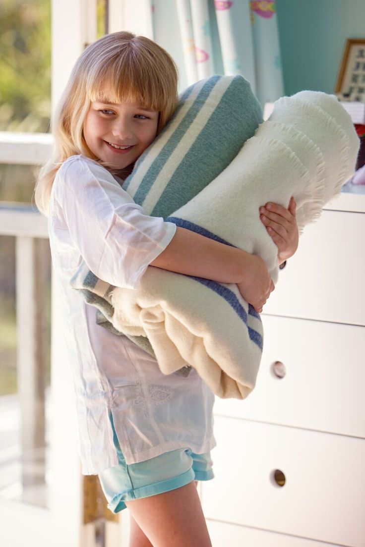 Keep warm this winter with the COAST Bendigo Blanket #flybuysnz #1265pts