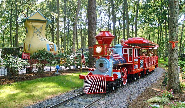 Storybook Land Places To Take The Kiddo Pinterest