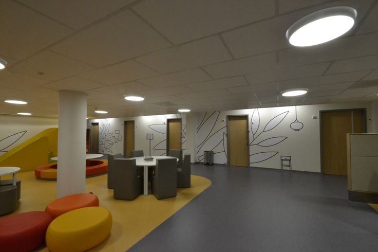Behangprintje voor kinderziekenhuis in Hoorn. #Interior #Behang #Blue #orange #yellow #color  #Decoration #Art2Wall # kinderen #kids #seamless #naadloos #wallpaper #behandelkamer #ziekenhuis #hospital