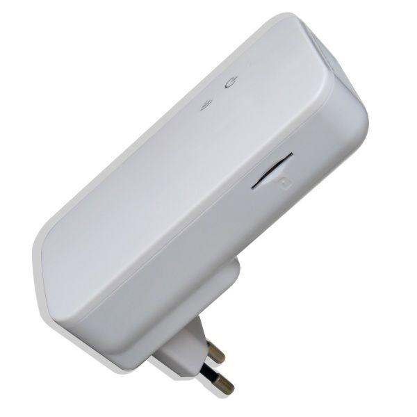 http://www.egenkontroll.nu/SMS-larm-med-intern-och-extern-sensor.html  SMS-larm med intern och extern sensor - Egenkontroll.nu  Ett nytt mycket prisvärt SMS-larm med intern givare. Extern givare på 2 m medföljer också. Mycket lämplig vid övervakning av fritidshus. Den extra 2 m givaren kan användas vid exempelvis övervakning av kylar/frysar samt vid kontroll av temperatur på rör...