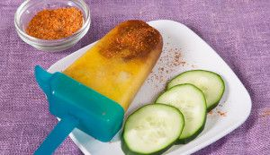Cucumber and Chile Popsicle #DiadelNino #herdezkids #ad