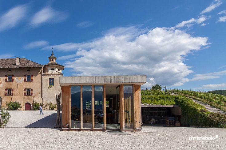Weingut Manincor – Kaltern, Südtirol, Italien Winecenter der Kellerei Kaltern –…