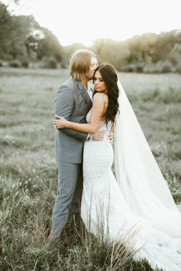 Wedding Photography Ideas : Absolutely Enchanting Southern DIY Wedding at Aurora Acres
