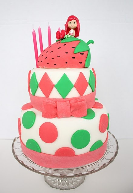 Strawberry Shortcake And Her Friends Cake Wallpaper