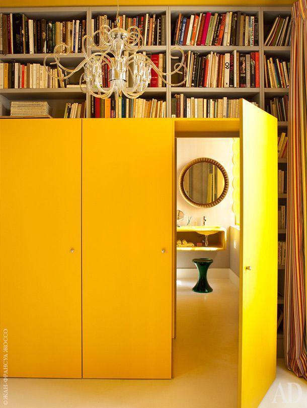 Квартира в Париже, декоратор Аньес Комар. Нажмите на фото, чтобы посмотреть все интерьеры квартиры.
