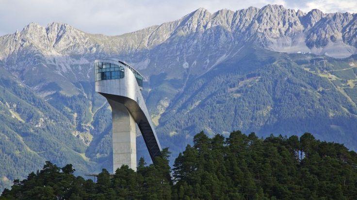 La piste de saut olympique de Bergisel, © Innsbruck Tourismus/Christof Lackner