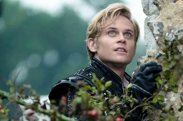 Billy Magnussen... perfect for Rapunzel in 'Into the Woods'