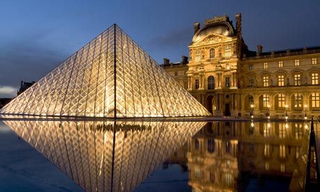 The Louvre museum's main entrance was built as part of the bicentennial celebrations of 1989.
