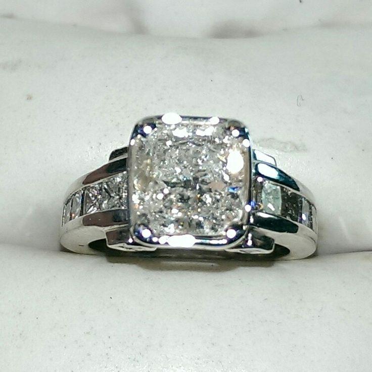 2.80 carat diamond engagement ring set in 14k white gold