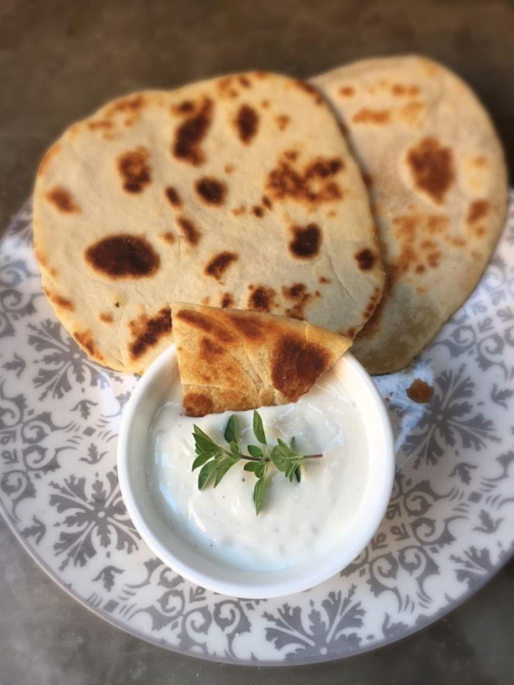 Deliciosa Salsa de Yoghurt Griego y Horseradish, increíble para untar todo tipo de cosas ricas.