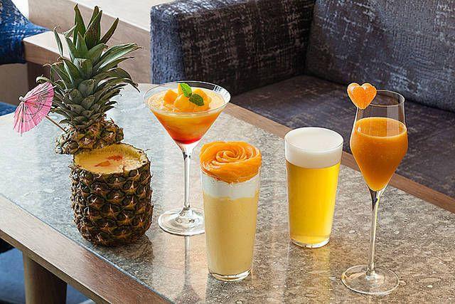 スイスホテル南海大阪(大阪市中央区)では、7月よりマンゴーやパイナップルといった夏のフルーツを使ったスイーツドリンクを販売します。