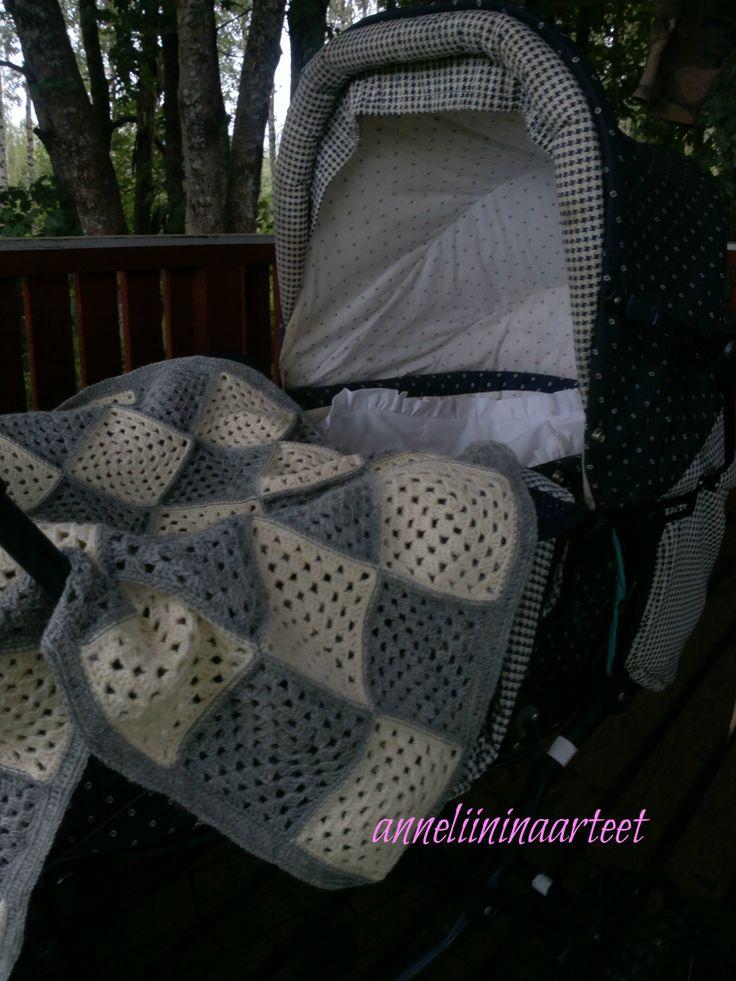Vauvan peitto isoäidinneliöistä