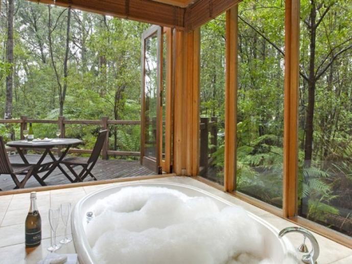 Woodlands Rainforest Retreat, Yarra Valley, Victoria | LoveBirds: Romantic Getaways for Two