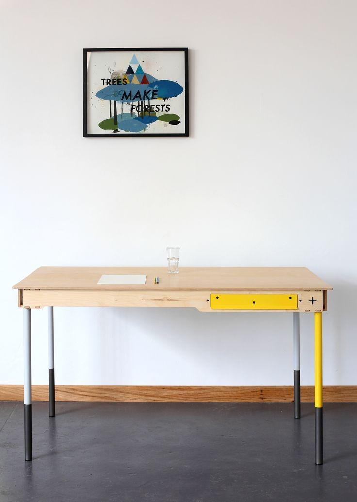 Writers Desk R6500