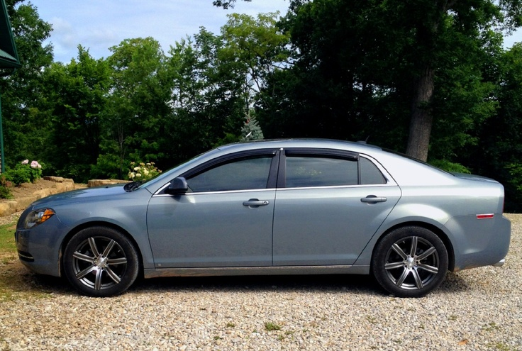 2009 Chevy Malibu <3 my car!!