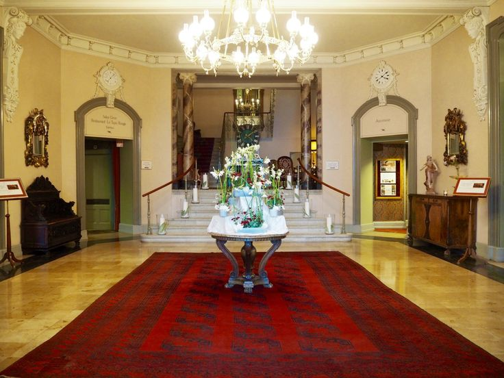 CHECKING IN AT THE GRAND HOTEL GIESSBACH – THE INDEPENDENT FEMALE TRAVELLER