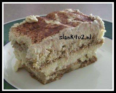 Koolhydraatarme Tiramisu Eindelijk hier een lang gewenst en verwacht recept van een koolhydraatarme versie van Tiramisu! Precies op tijd voor een dessert tijdens de aankomende feestdagen, maar ik verwacht dat we deze van de week veelvuldig langs gaan zien komen op... #cacaopoeder #eieren #essence