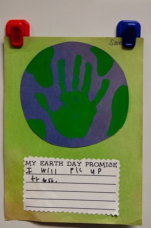 I always do this handprint craft with my kids, but I love the idea of adding their written promises to the art itself! Yay for jazzing up old ideas.
